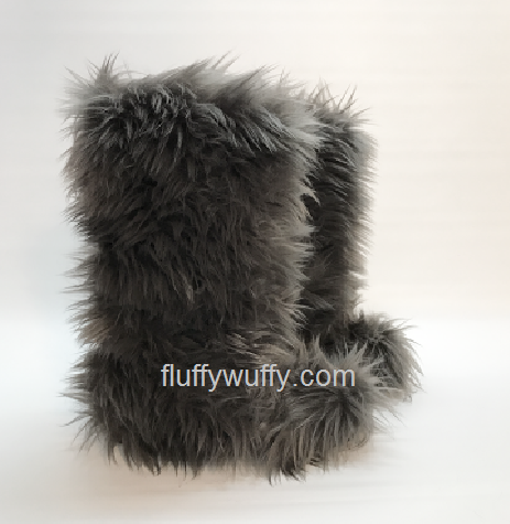e4aa854b8774 Fluffy Wuffy Faux Fur Boots! The Most Awesome Boots Ever
